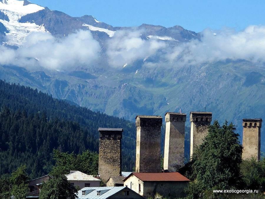 Башни в горах 2