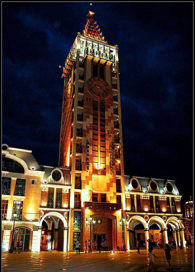 Башня с часами в Батуми