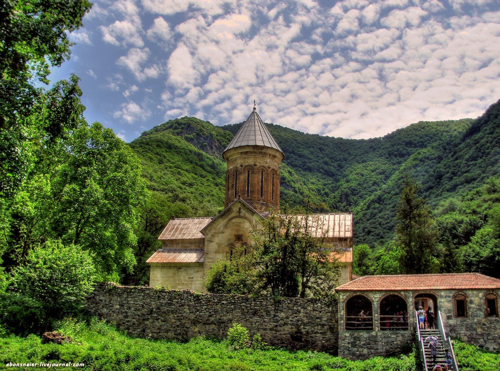 Мужской монастырь Кватахеви