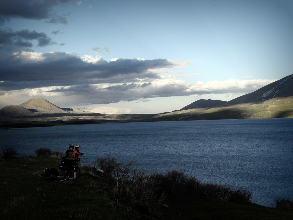 Озеро Табацкури