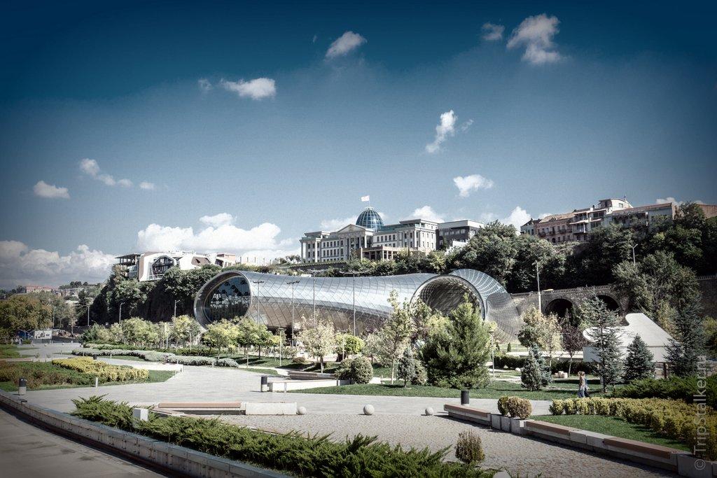 Парк Рике, Достопримечательности Тбилиси