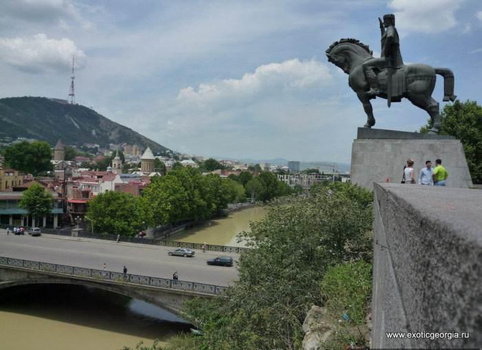 Прогулки по летнему Тбилиси
