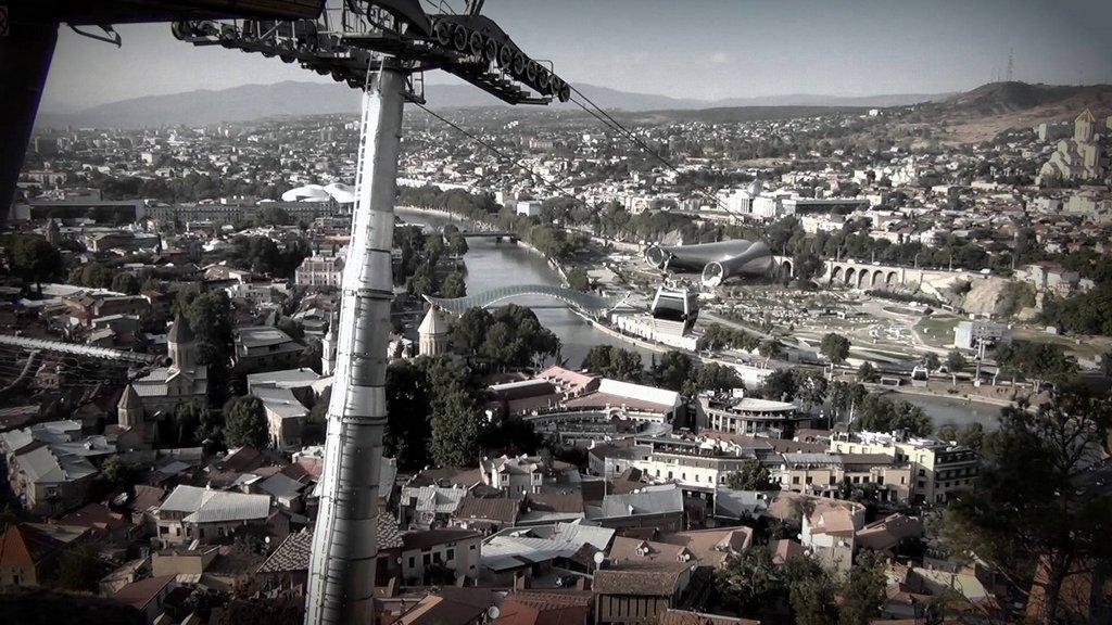Тур по Современному Тбилиси катаемся на фуникулере