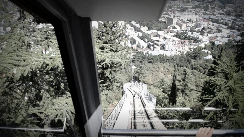 Тур по Современному Тбилиси на фуникулере