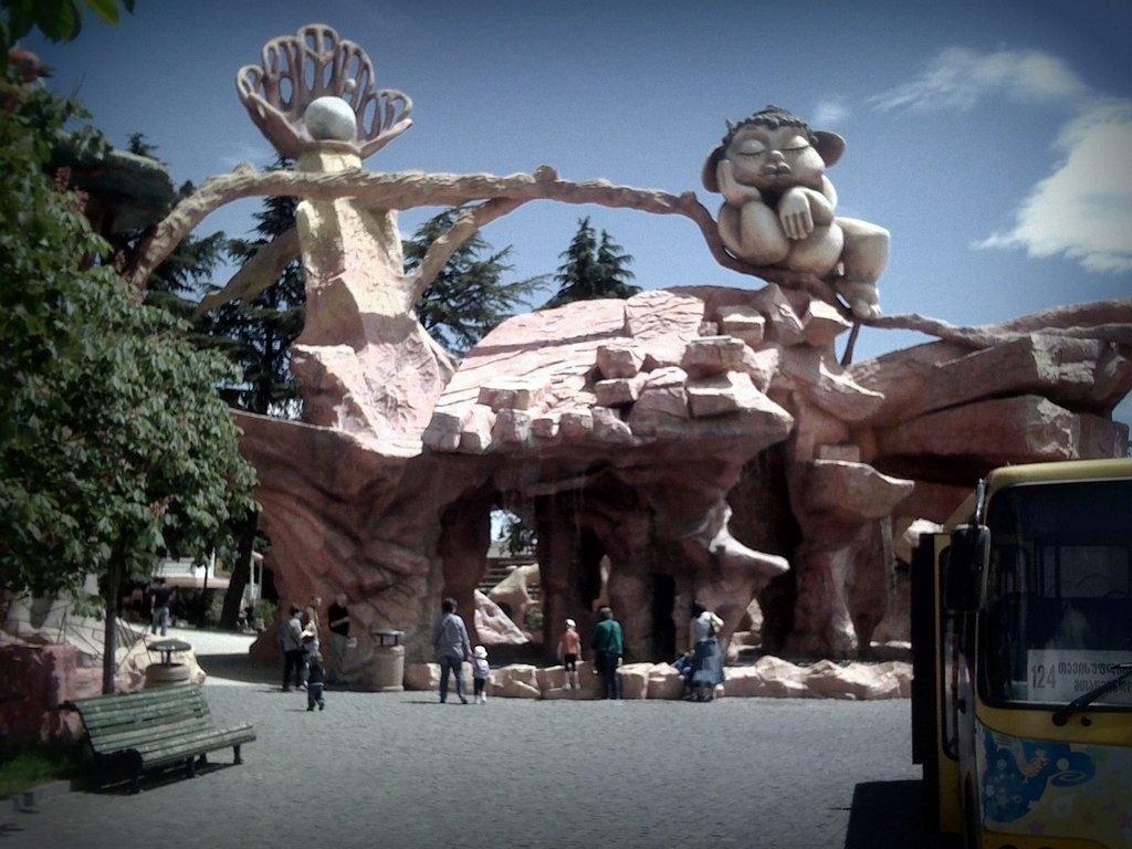 парк Бомбора, тур по Современному Тбилиси