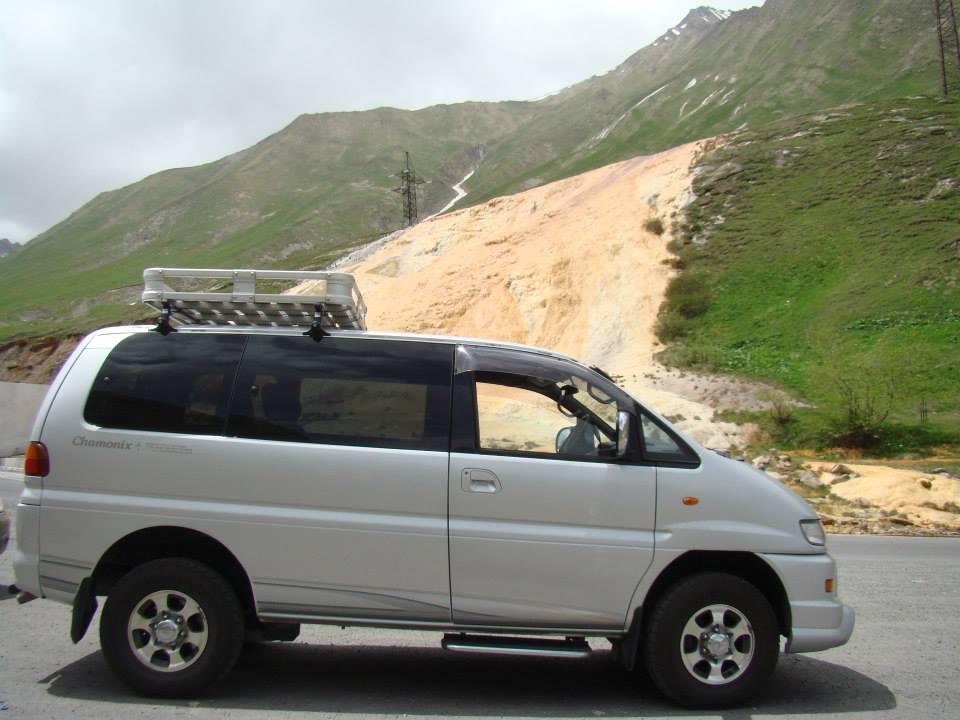 Mitsubishi Delica 3.0 2004, авто в Грузии