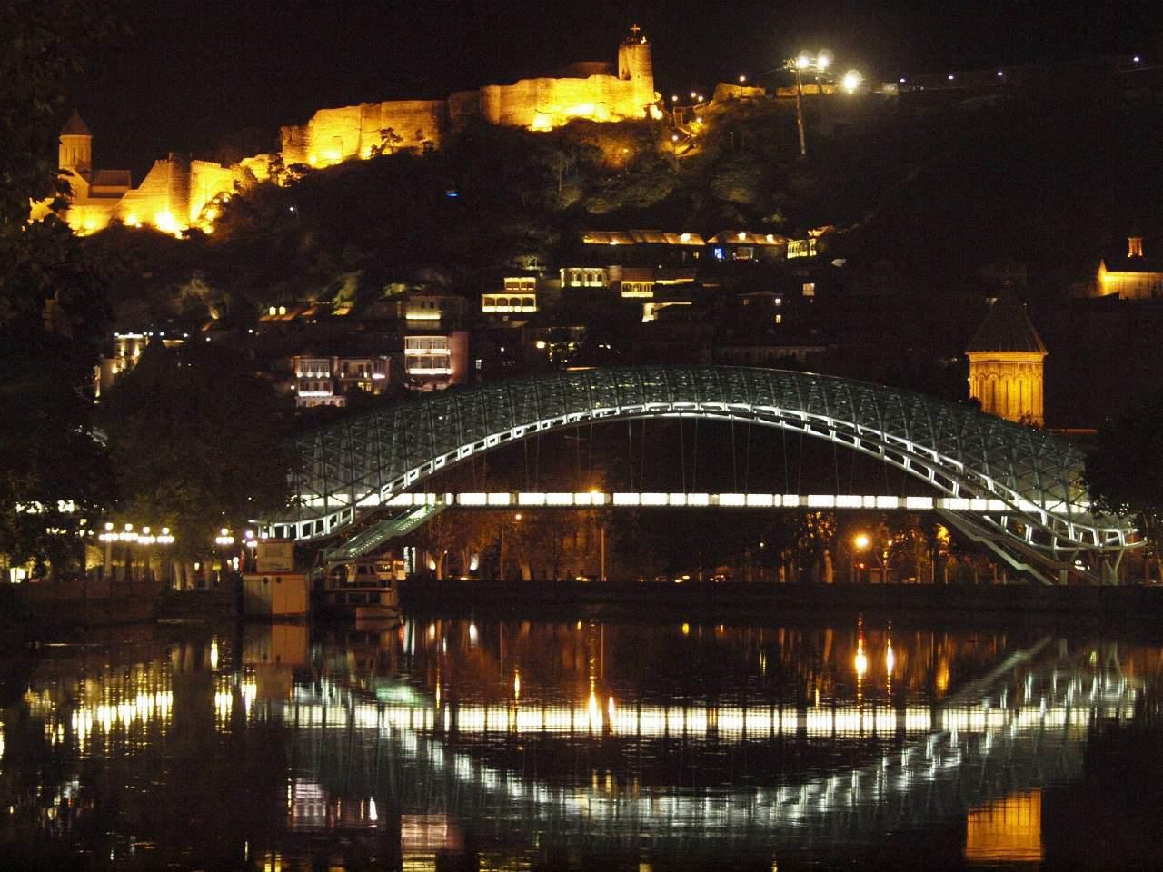 Тур по современному Тбилиси