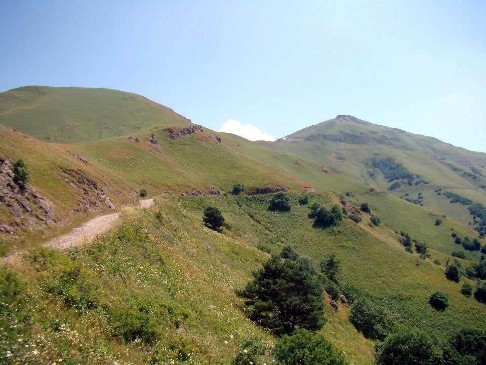 перевал Цхрацкаро