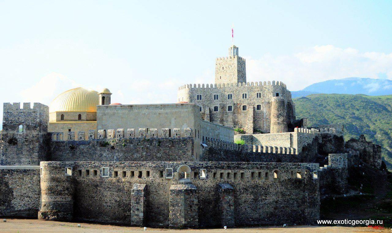 Крепость Рабати