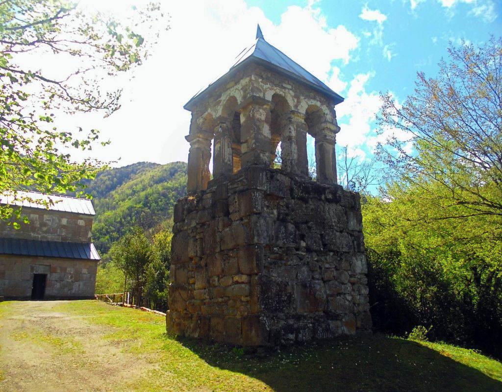 Монастырь Табакини