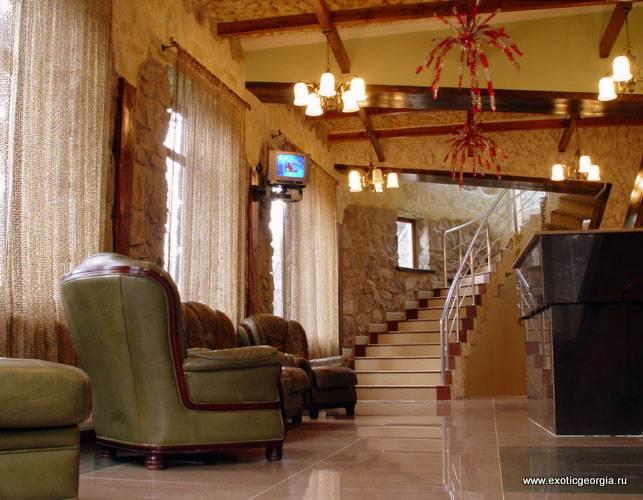 Фойе отеля в Боржоми