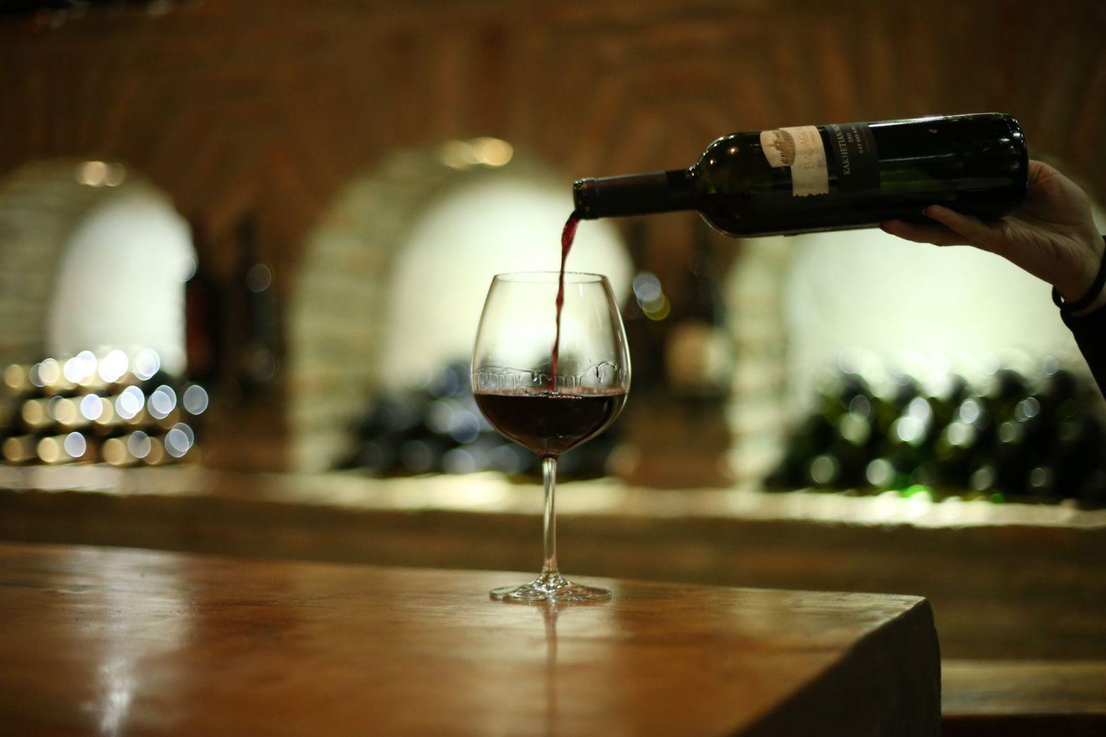 Картинки по запросу вино Kvareli