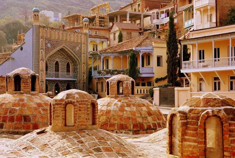 Серные бани в старом Тбилиси
