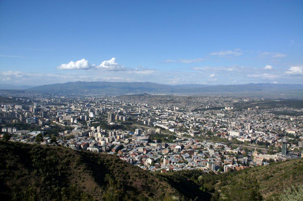 Вид на Тбилиси с парка Бомбора