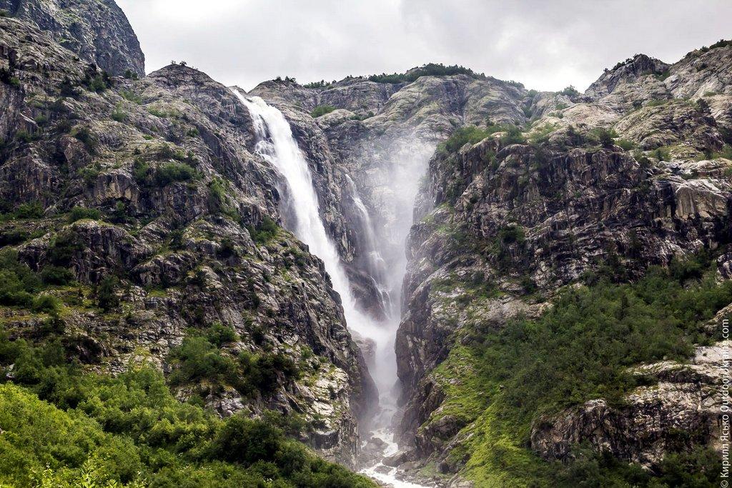 Водопад Шдугра