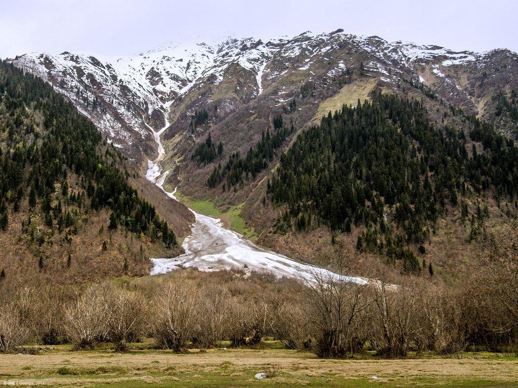 Ледник горы Ушба
