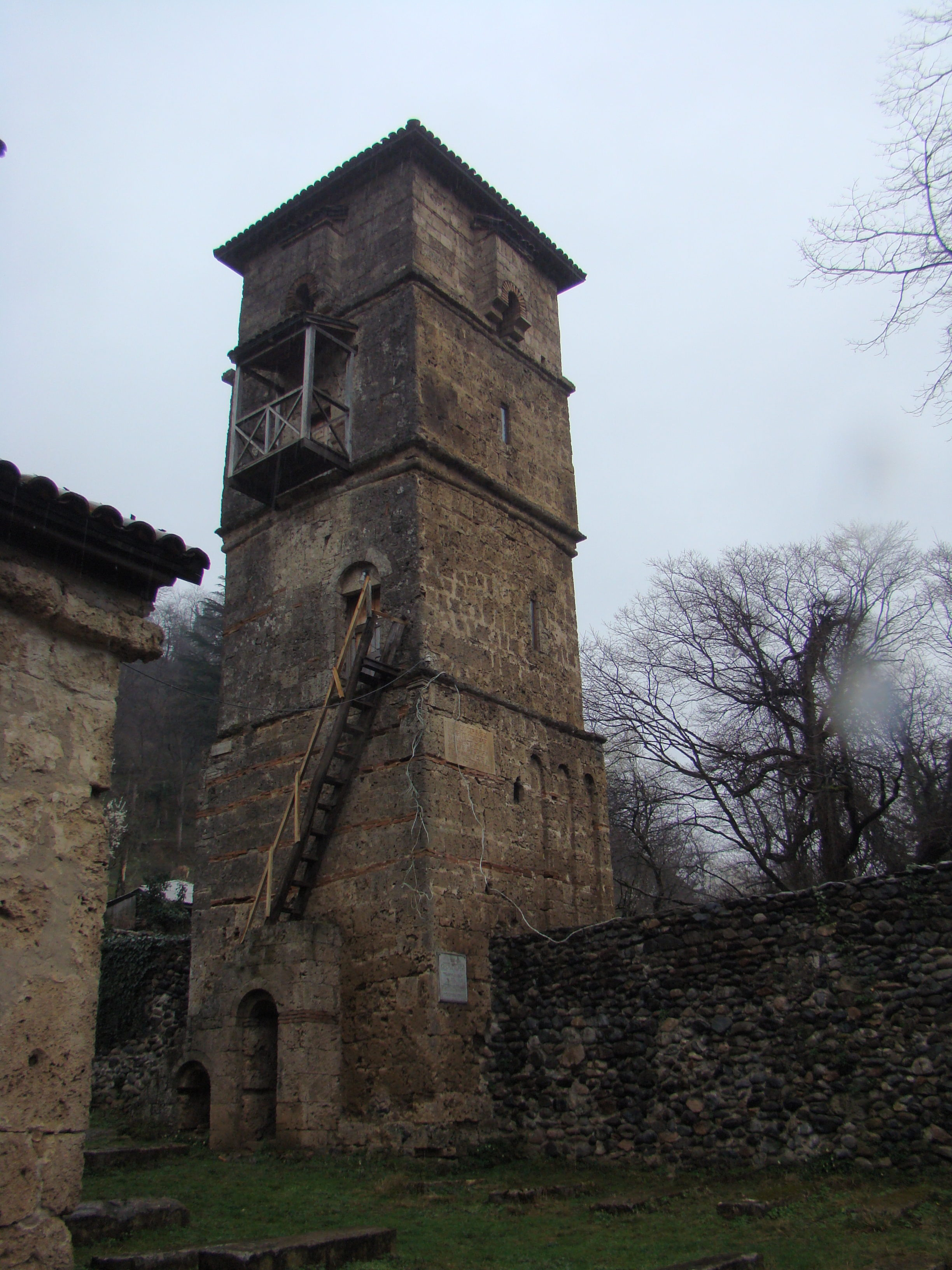 Монастырь Убиса, Достопримечательности Имерети