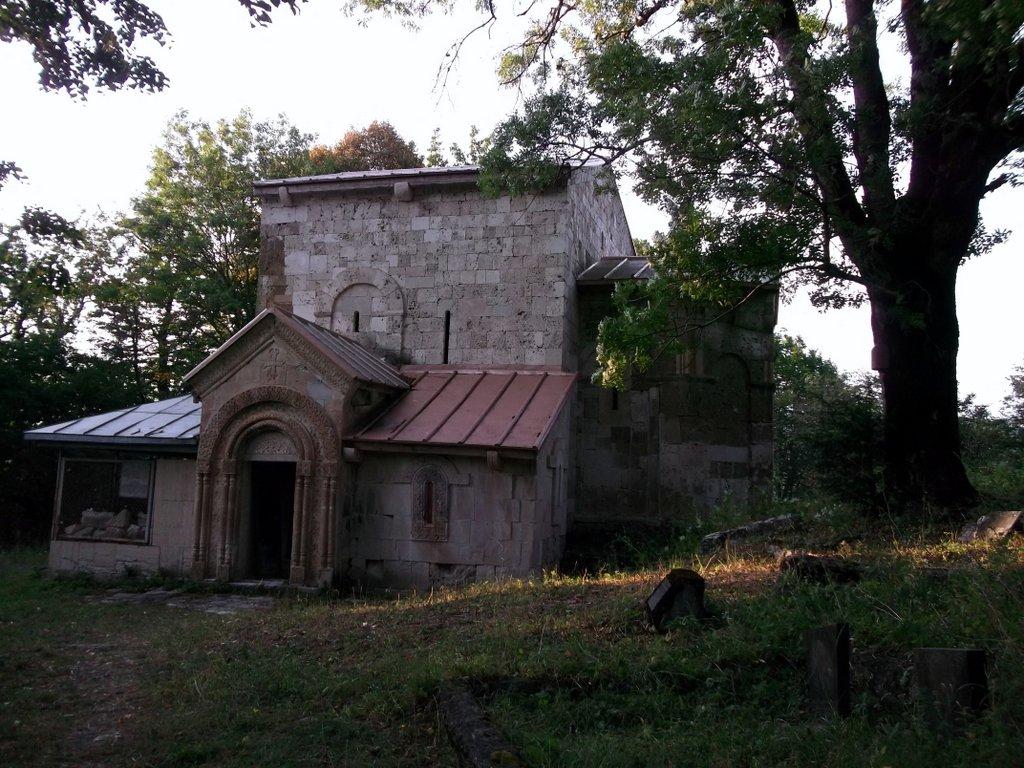 Храм Земо Крихи