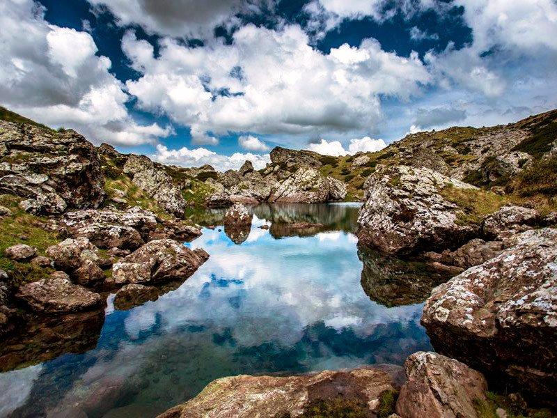 Цветные озера Абуделаури
