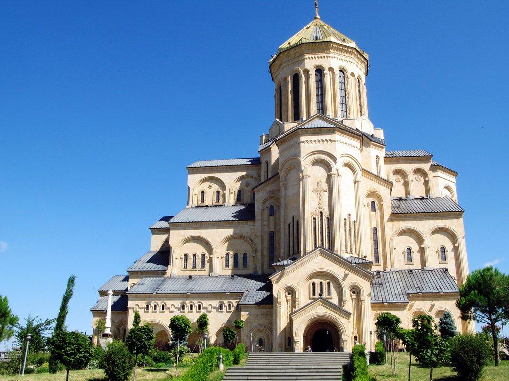Цминда Самеба, Достопримечательности Тбилиси