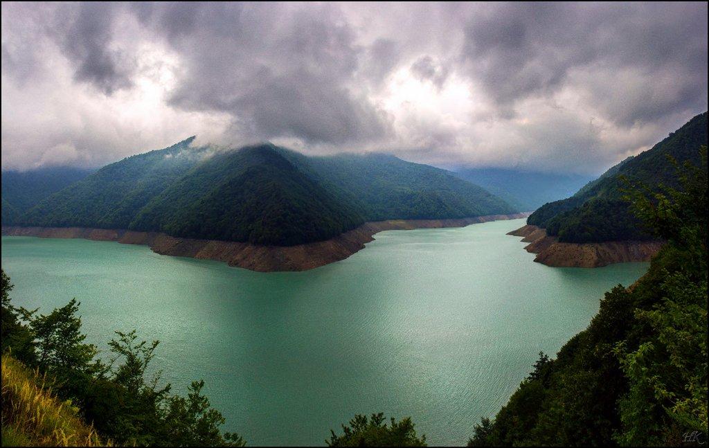 Энгурское водохранилище