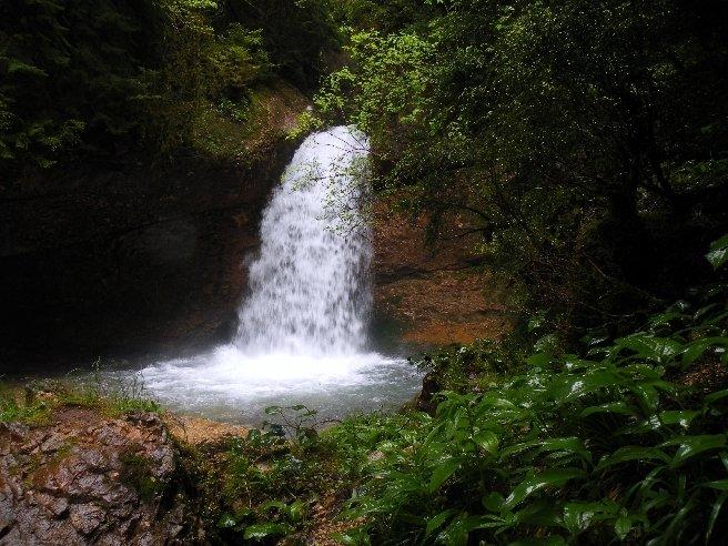 водопад Тхмори