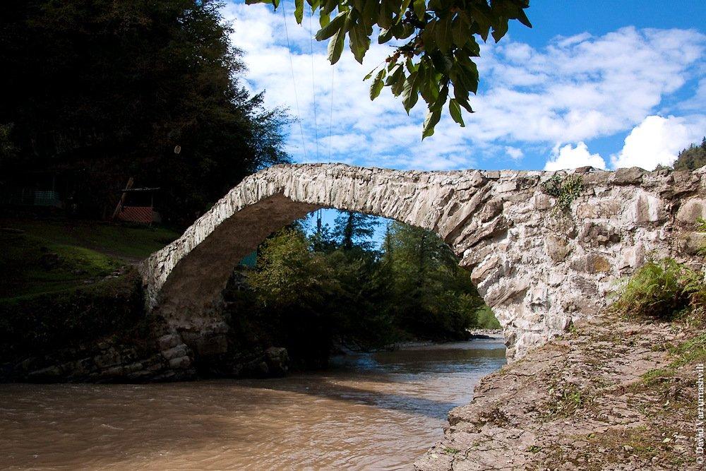 мост Махунцети