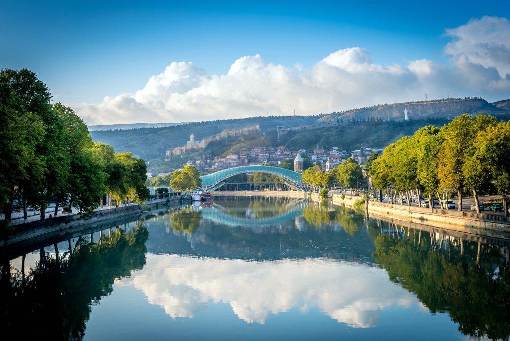 мост Мира, Достопримечательности Тбилиси