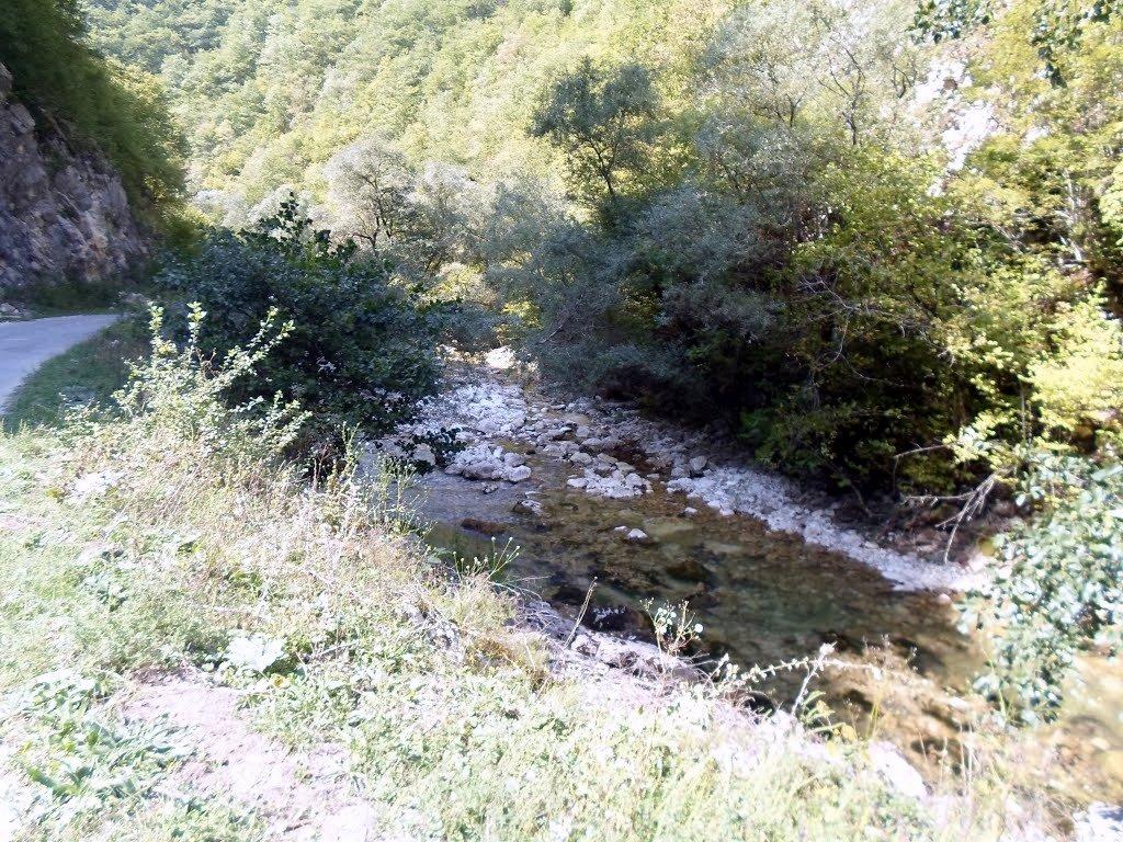 река Крихула