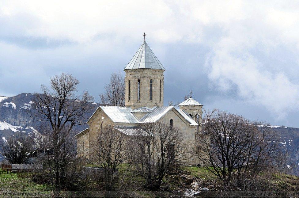 храм святого Георгия в Мравалдзали