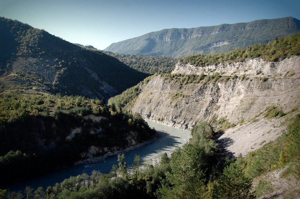 Величие и спокойствие грузинских рек